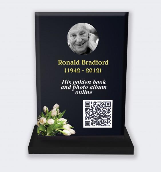 Personalized memorial plaque : Large memorial plaque QR code - Lilac black background
