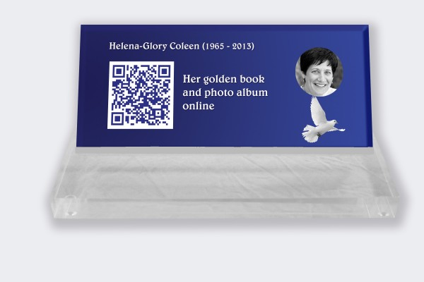 Personalized memorial plaque : Small memorial plaque QR Code - Dove with blue background