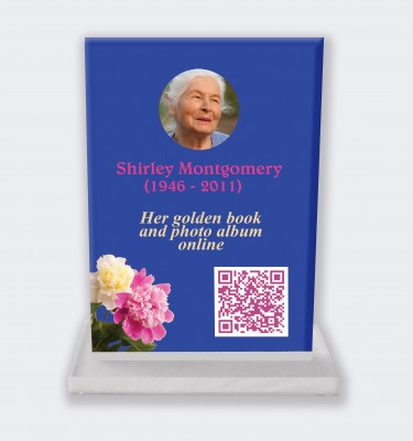 Personalized memorial plaque : Large memorial plaque QR code - Field flowers blue background