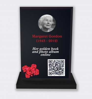 Personalized memorial plaque : Large memorial plaque QR code - Red roses black background